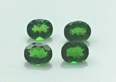 Lot 4 Diopside chromifère facetté ovale - 1.54 carats - Oval Diopside chrome