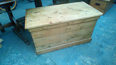 antique pine coffer blanket box coffee table with  candlebox and 2 drawers