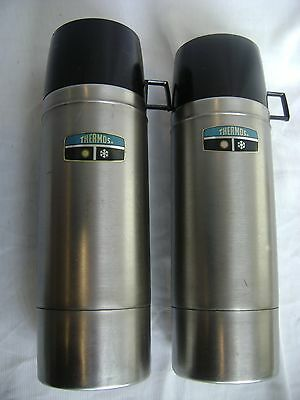 SET OF 2 ALL STAINLESS STEEL THERMOS BOTTLES 1-Qt KING SEELEY MACOMB ILL W/ CUPS