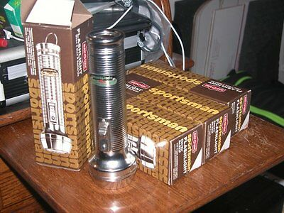 "Vintage Ray-O-Vac Flashlight # S22F - Premium Grade Sportsman - ""d"" Cell"