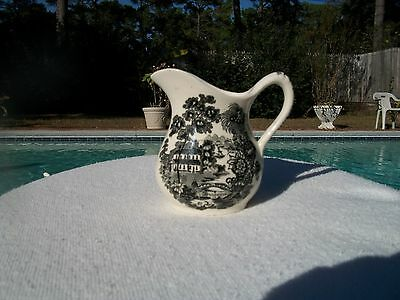 Vintage Royal Staffordshire Tonquin By Clarice Cliff Small Creamer Pitcher