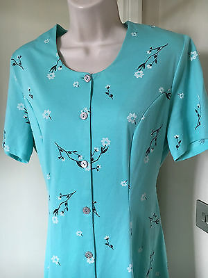 Size 12 Authentic Vintage 1970s Fit and Flare, Tea Dress, Teal, Floral    /A3