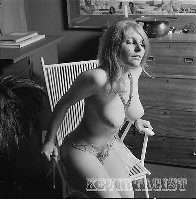 Vintage Nude Negative  BUSTY BRITISH BLONDE * JEWELLERY