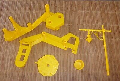 Mouse Trap Board Game (2005) - Mousetrap Replacement/Spare Parts - YELLOW PIECES