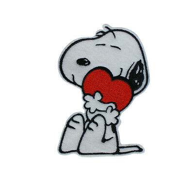 Embroidered Snoopy & Love Heart Cartoon Character Iron & Sew On Patch Patch