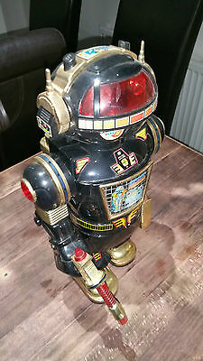 Vintage Cheng Ching Space Warrior Robot
