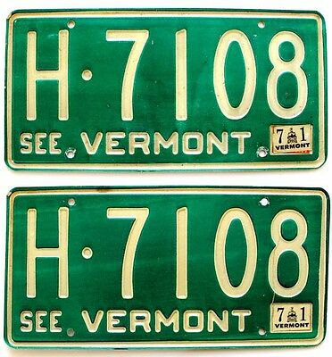Vermont 1971 License Plate PAIR Old Muscle Car Tag Set Vintage Man Cave Auto