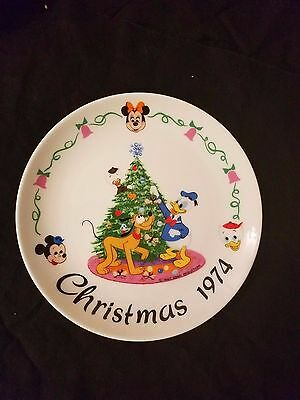 Disney Family Collector Plate by Schmid Christmas 1974