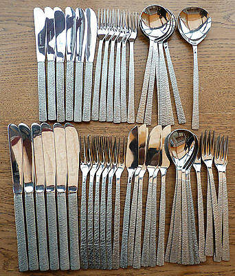 VINTAGE STAINLESS STEEL VINERS STUDIO 6 DINNER SOUP SPOONS GERALD BENNEY Retro