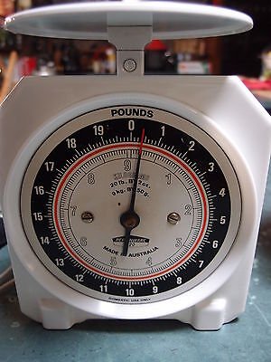 Vintage Persinware Scales White   excellent used cond