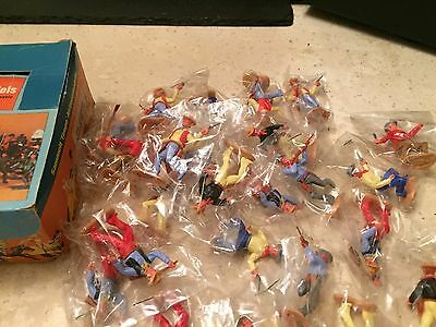 Timpo toy soldiers boxed cowboys x 24 bagged excellent condition
