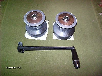 Pair of sheet winches