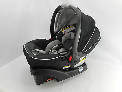 Graco 1893807 - SnugRide Click Connect 35 Infant Car Seat - Gotham