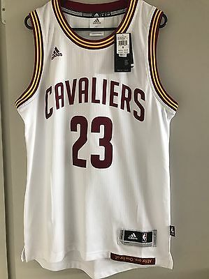 Adidas Cleveland Cavaliers Jersey LeBron James Size S BNWT