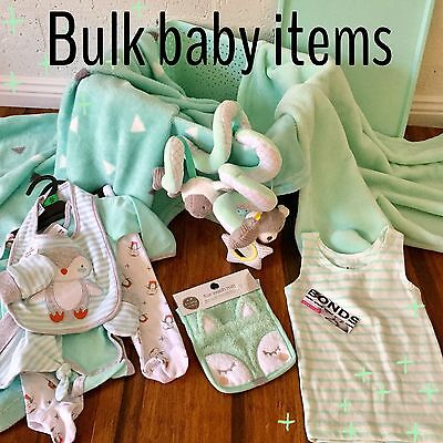 UNISEX BULK LOT OF BABY ITEMS, Clothes, Blankets, Spiral, Face Washer, Bonds Top