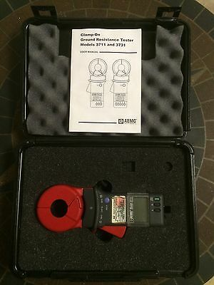 AEMC Instruments 3711 Clamp On Ground Resistance Tester in Carry Case