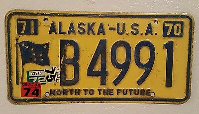 Authentic 1970-1971 ALASKA Flag - North To The Future LICENSE PLATE - DMV Issued