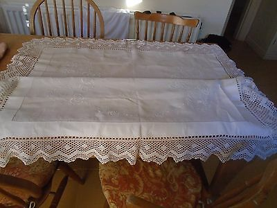 Vintage Hand Embroidered Irish Linen Tablecloth - Hand Crochet Lace