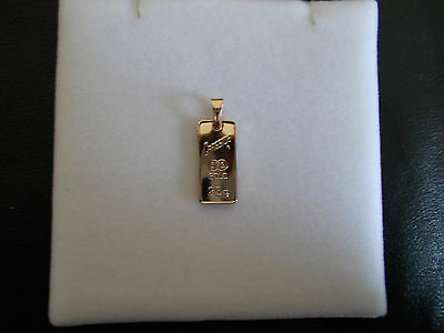 Solid 9ct Yellow Gold Cragside Pendant, 2.56g, Stamped 375