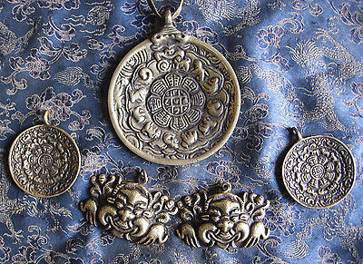 5 pic Antique Tibetan Bronze Melong Thogchags Pendent, Nepal • CAD $81.67