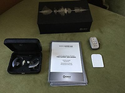 WideX Super 220 - High Definition Hearing   2x Hearing Aids With Box