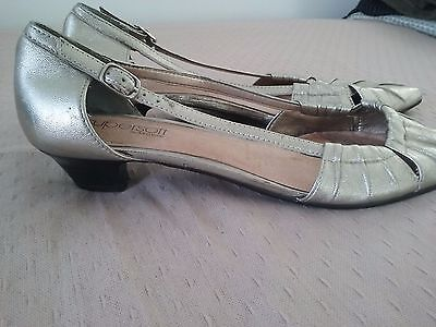 diana ferrari leather shoes with little heel size 9