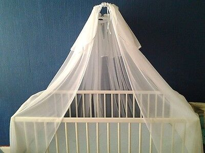 Baby cot bed canopy with a free stand
