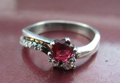 Beautiful Sterling Silver Ladies Jewelled Ring