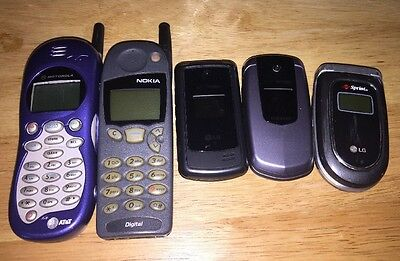Lot Of 5 Old Cell Flip Phones Motorola LG Sprint Veriz UNTESTED FOR PARTS REPAIR