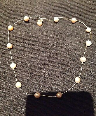 pearl necklace string choker with 9ct gold clasp