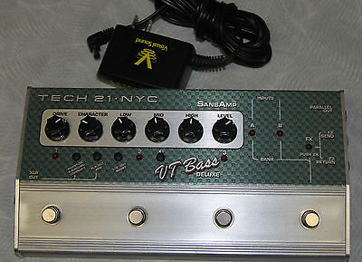 Tech 21 NYC VT Bass DELUXE SansAmp Bass effects Pedal/Footswitch w/AC MINT