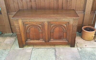 Early 20th Century Oak Coffer