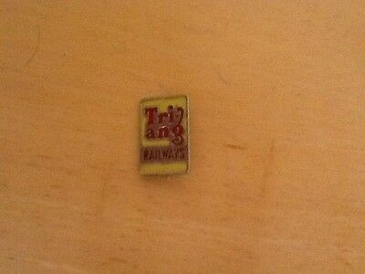 Tri-Ang Railways Enamel Badge. Rt286 1962-63