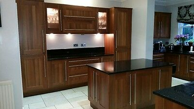 COMPLETE FITTED KITCHEN (Solid wood) - Model - Walnut Shaker - GRANITE WORK TOPS
