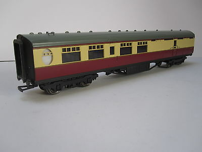OO gauge.Thompson Brake coach by Bachmann. Unboxed.