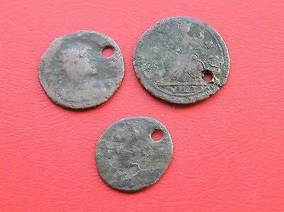 1723 farthing and 2 other very old coins maybe Roman (ref 779)
