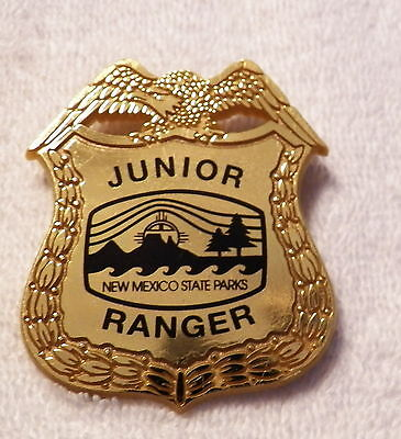 NEW MEXICO State Parks JUNIOR RANGER Plastic Novelty Badge   (B36)