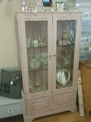 Shabby chic glass display cabinet - pink