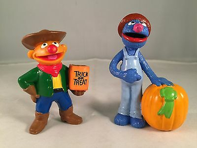 "Sesame Street Halloween Set of 2 Figurines Cake Toppers 3"" PVC Ernie & Grover"