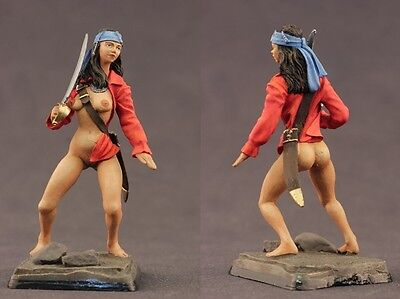 tin toy painted soldiers 75mm pirate girl