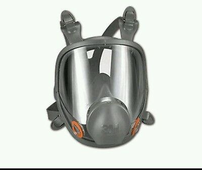 3M Lage Full Face Respirator 6900 with two packs of cartridges