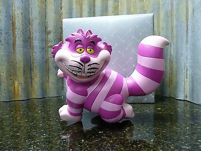 Disney Parks Cheshire Cat Garden Statue With Key Holder On Belly BNIB Free Ship