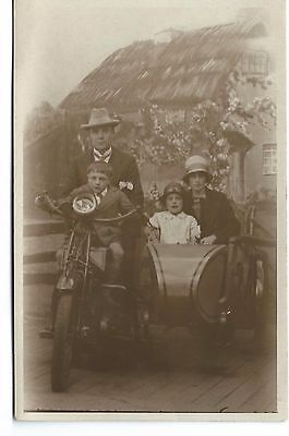 Vintage Motorcycle and side car - B.S.A. ?