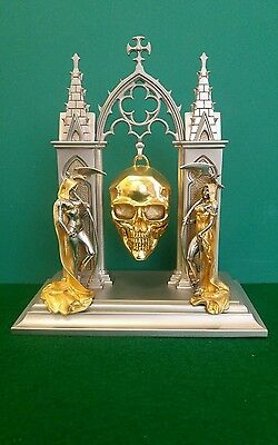 The Franklin Mint Hour of Destiny Watch Skull BROM accented w24k Gold & Silver
