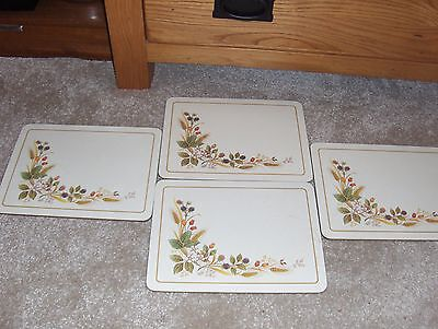 4 Place Mat Setting (Marks And Spencer Hedgerow)
