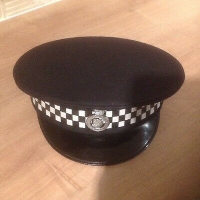 Lincolnshire Police Flat Cap With Badge