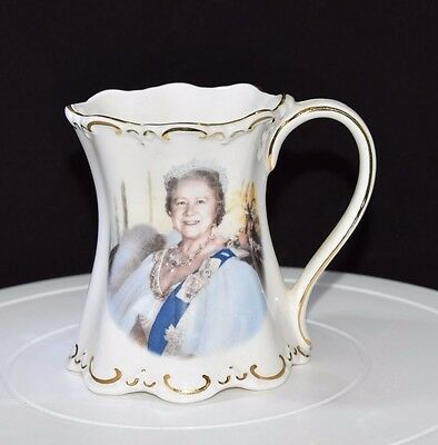 ST.GEORGE BONE CHINA MUG, 90th BIRTHDAY OF THE QUEEN MOTHER.