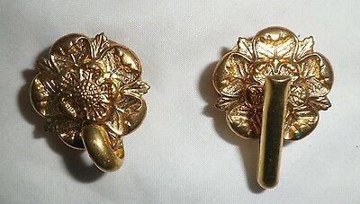 A pair of British Army 1878 Pattern Home Service helmet rosettes.