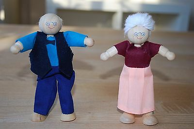 Wooden doll house people figures - Grandma and Grandpa