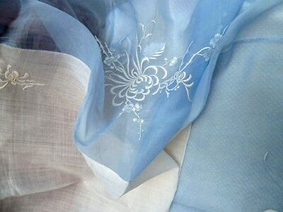 Large French Blue/white Cotton Organza Tablecloth & 12 Napkins